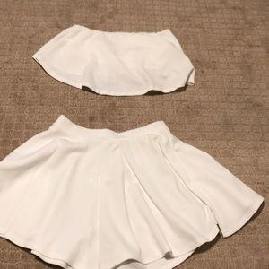 Bandaeu Crop & Shorts